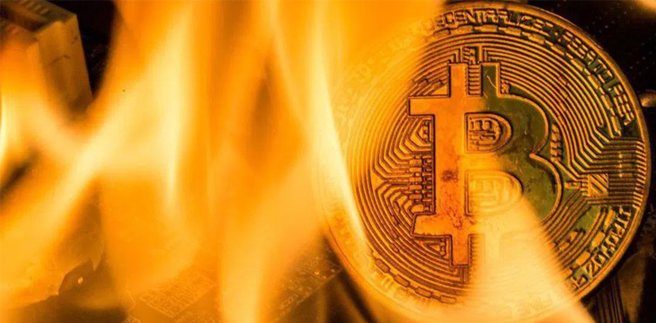 BTC drops below $10,000 again as cryptocurrency markets continue slide