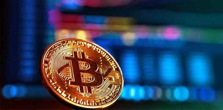 Crypto markets crash, BTC drops to below $9,000