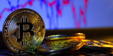 Cryptocurrency markets resume decline