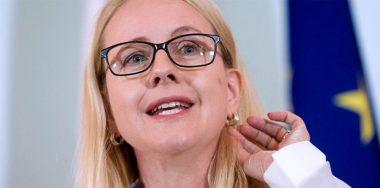 Regulations not necessary for blockchain: Austrian economics minister