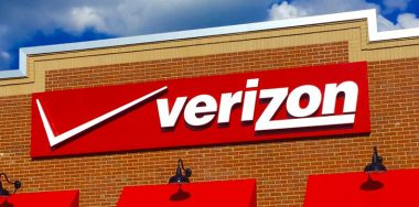 Verizon seeks to onboard blockchain professionals