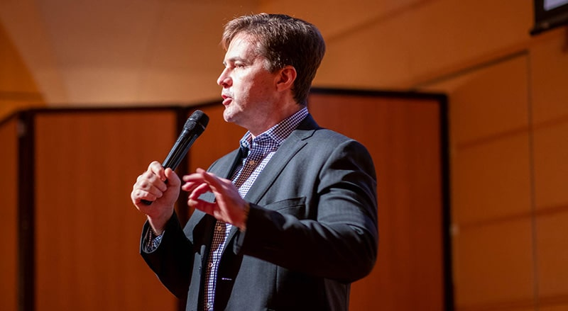 craig-wright-pushes-bitcoin-for-enterprise-in-tokyo-min