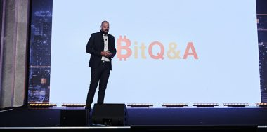 Earn Bitcoin by answering useful questions on BitQ&A