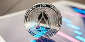 Voice social network vague on use of EOS public blockchain