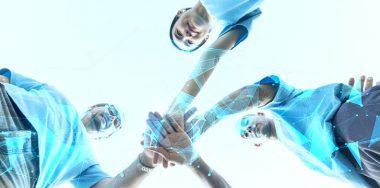 人民网:用区块链技术解决公益慈善信任问题