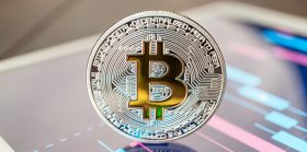Yes, Bitcoin can run any kind of smart contract