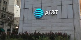 AT&T asks court to dismiss $200M claim in SIM-swap case