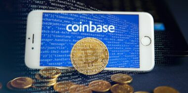 Coinbase dangles analytics tool in bid to align with US feds