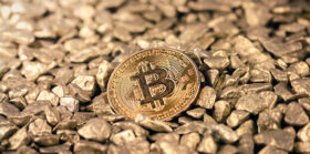 Ex-CFTC chair urges US to explore digital currency