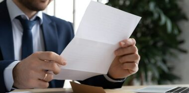 比特大陆发布内部信, 通报吴忌寒违法取消詹克团10倍表决权的法律进展