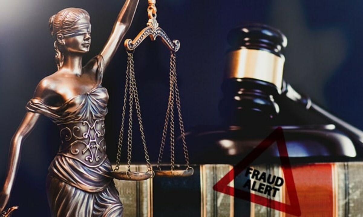 bitcoin trader kaltinamas su prekyba narkotikais bitcoin sandorio laikas