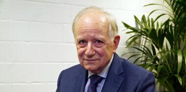 Jürg Conzett:货币总是在演变