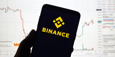 Binance 'blocked' US traders still using troubled exchange, report reveals